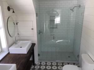 custom-shower-enclosure-4-15-16.1